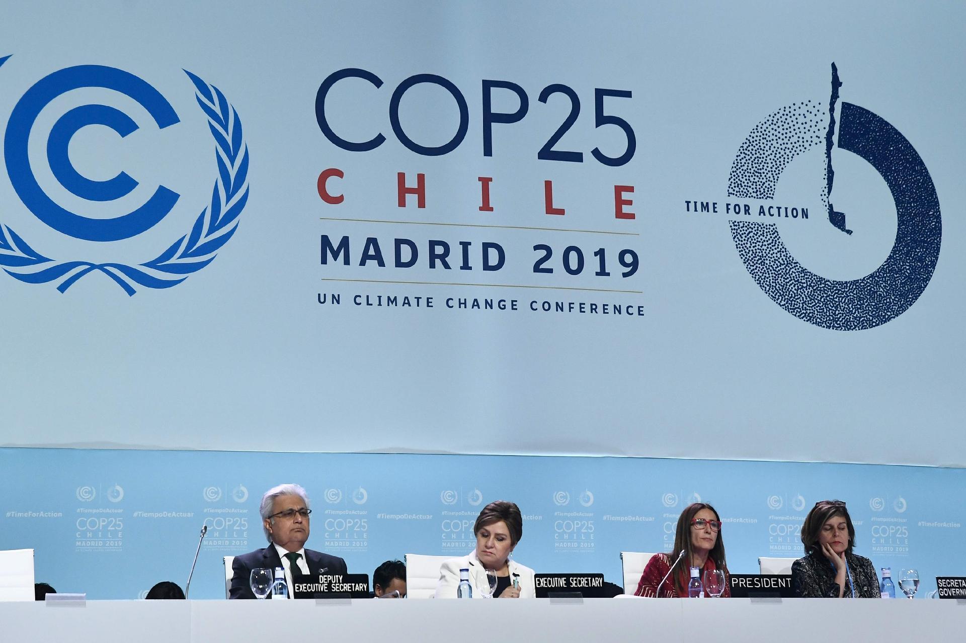 Brasil não faz dever de casa no meio ambiente e quer dinheiro emprestado, para que?