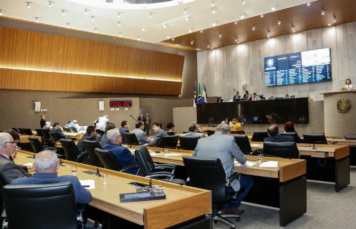 Deputados aprovam nova previdência estadual e elevam alíquota de servidores de 13,5% para 14%