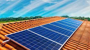 A Agência Nacional de Energia Elétrica quer impedir produção de energia com painéis solares