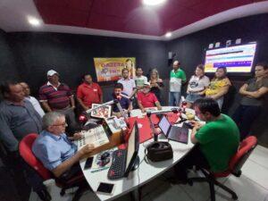 Carlos Veras passa por SJE e declara apoio do PT a candidatura de Rona Leite