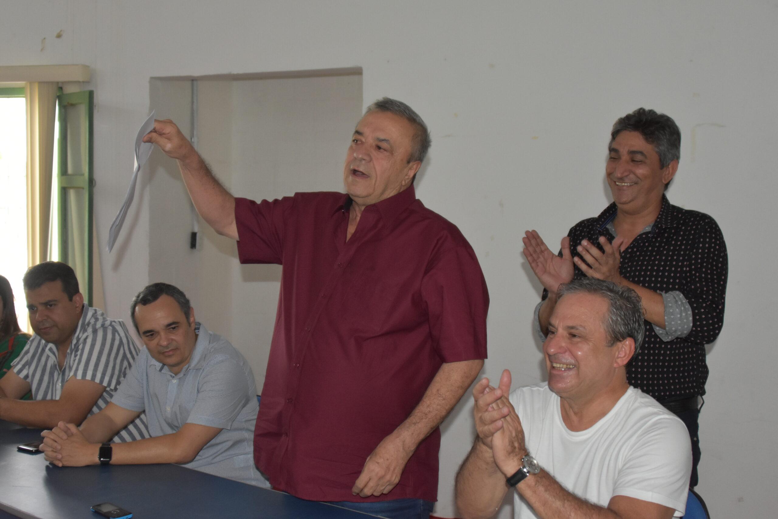Rodoviária de SJE é cedida à municipalidade e prefeito garante que vai recupera-lá em breve