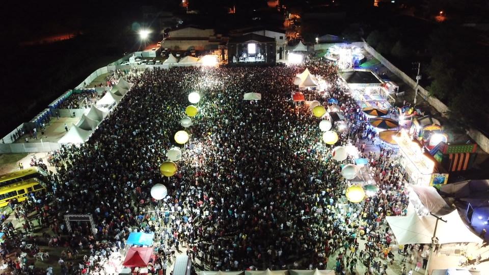 30 mil pessoas passaram pelo Pátio de Eventos de São José do Egito na 2ª noite da Festa de Reis