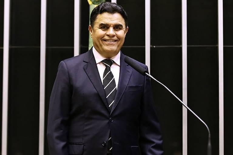 Na queda de braço entre os poderes, Câmara reverte decisão do STF e derruba afastamento de deputado da PB