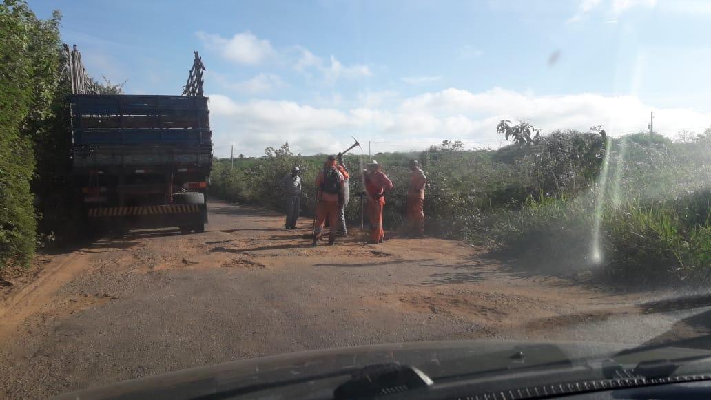 Programa de recuperação de estradas pernambucanas anda mais devagar do que tartaruga com pé quebrado no Pajeú