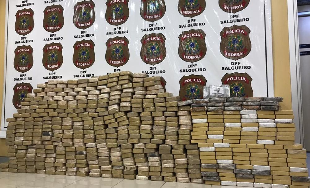 Polícia apreende quase meia tonelada de cocaína em cidade do Sertão de PE