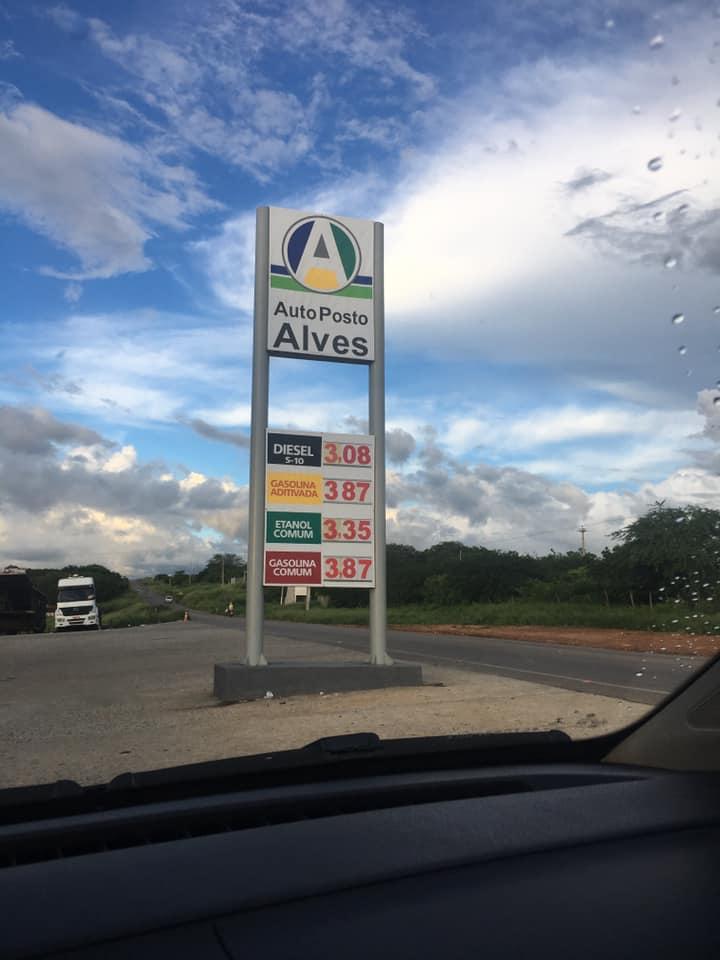 Enquanto em SJE a gasolina ainda custa mais de R$ 4, em Tabira e Afogados já tem posto com preço na casa dos R$ 3