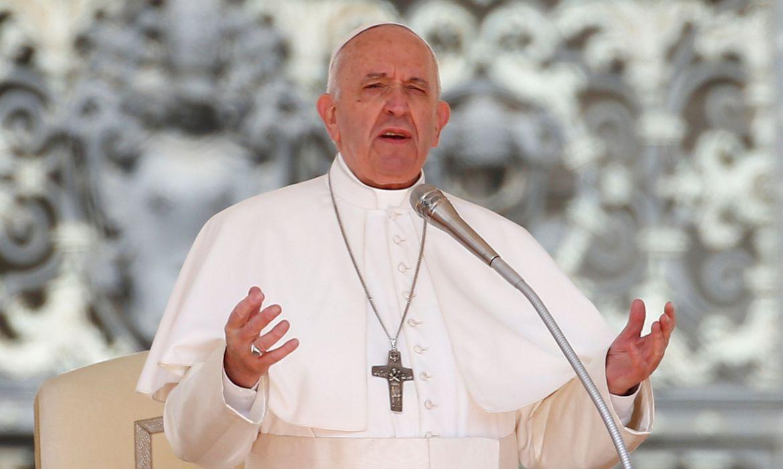 Papa convoca Terço Mundial simultâneo com santuários do mundo todo para o próximo sábado, dia 30