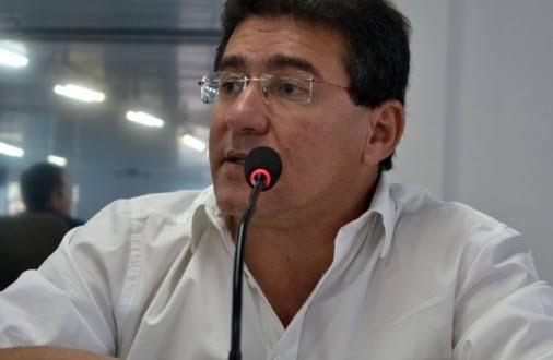 Prefeito da cidade mais afetada da região pelo coronavírus diz que é a favor da flexibilização gradativa do comércio