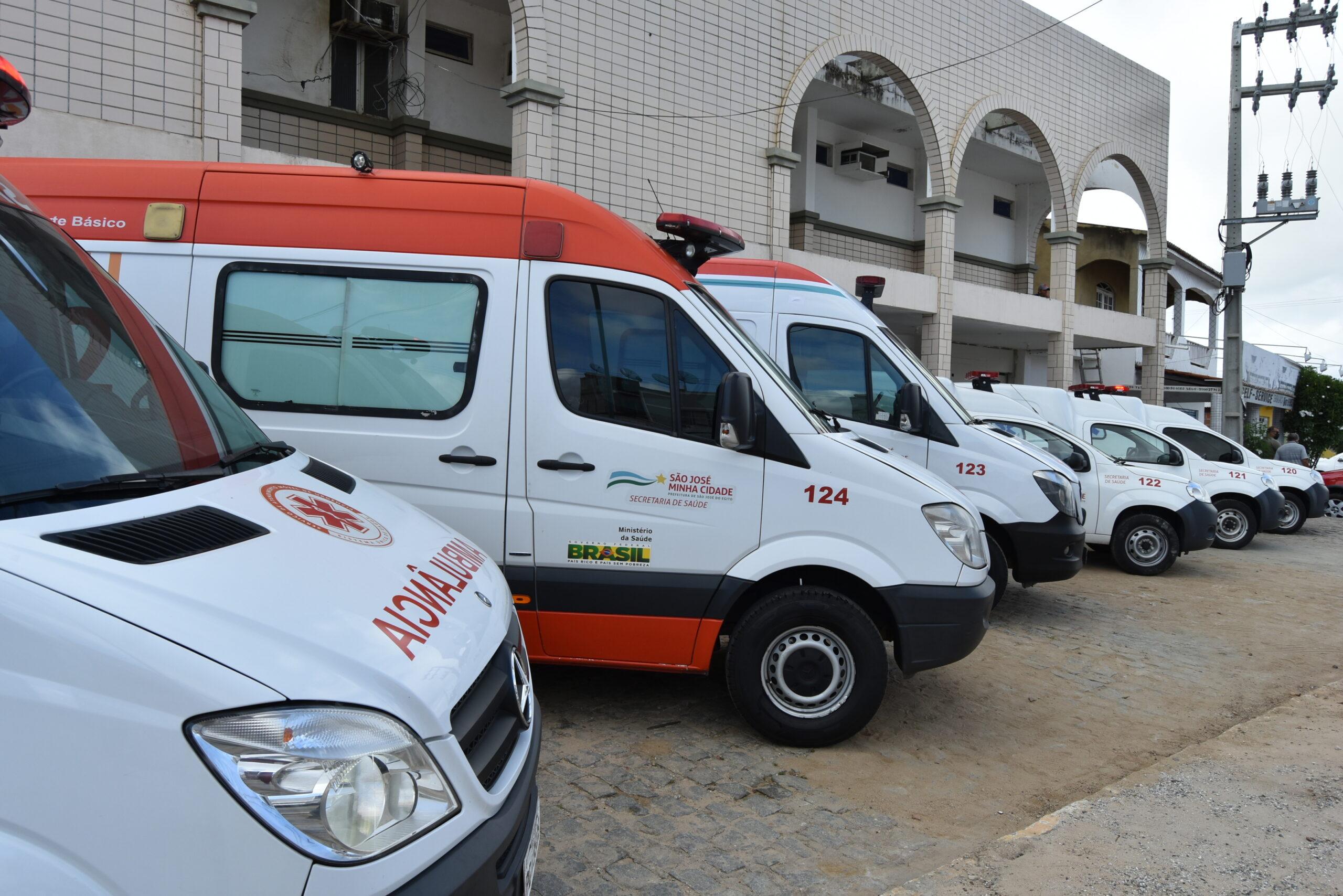 Prefeitura de SJE anuncia que dobrou frota de ambulâncias do município em 3 anos