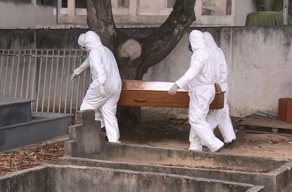 3 cidades contabilizaram mais 4 mortes por covid no Pajeú