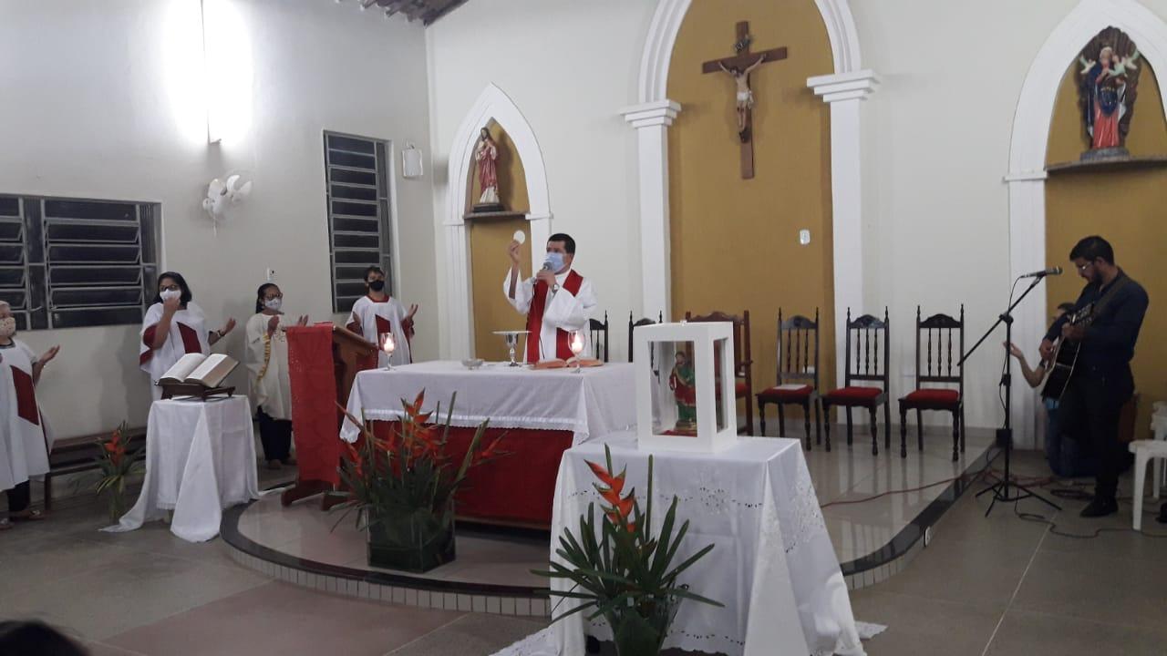 Imagem peregrina de São Judas Tadeu chegou a 7ª capela da paróquia