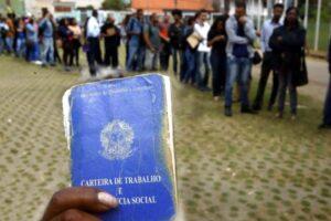 Desemprego diante da pandemia tem alta de 27,6% em quatro meses, aponta IBGE