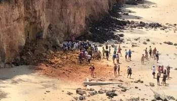 Morte de família após desabamento de falésia alerta para riscos e falta de fiscalização