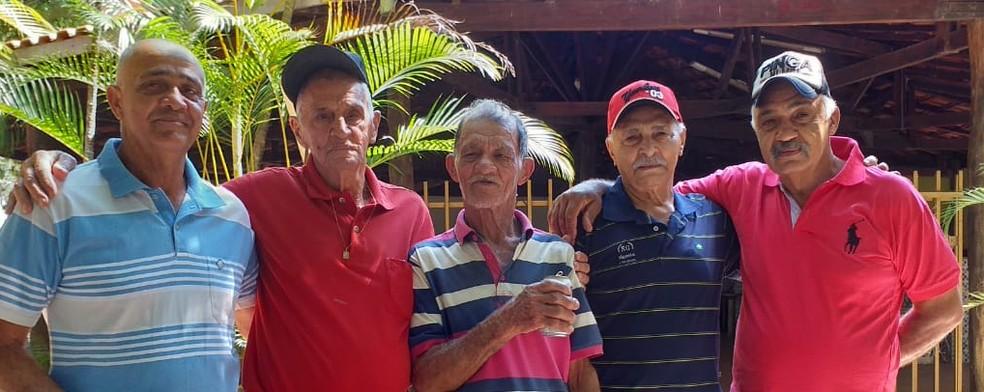 Após 70 anos, idoso que perdeu trem durante viagem com a família reencontra irmãos em cidade do interior de SP