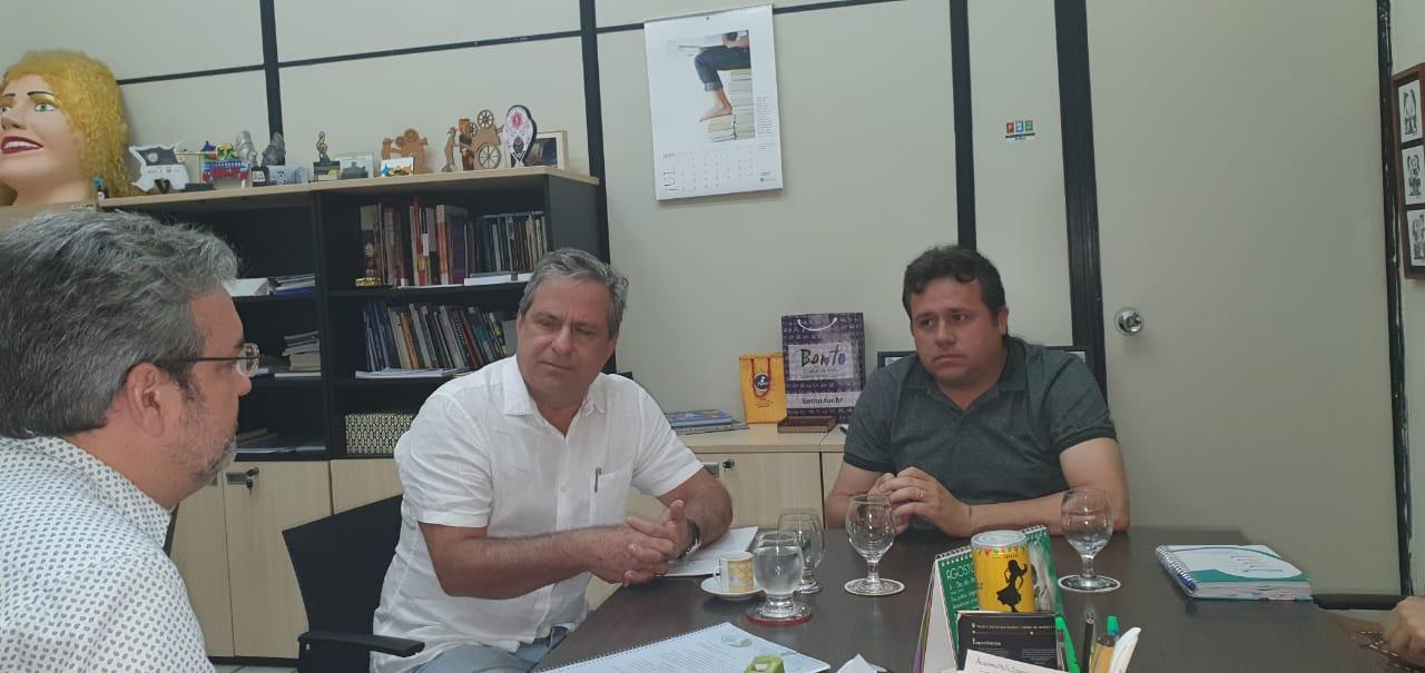 Secretários de cultura do Estado e de São José do Egito discutem projeto do Museu da Poesia