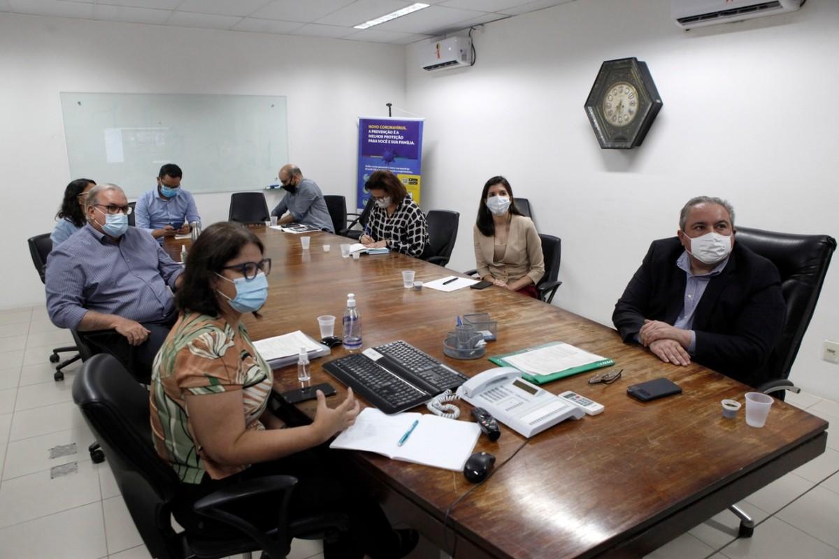 Em PE plano de vacinação prevê prioridade para 4 grupos e criação de centros municipais