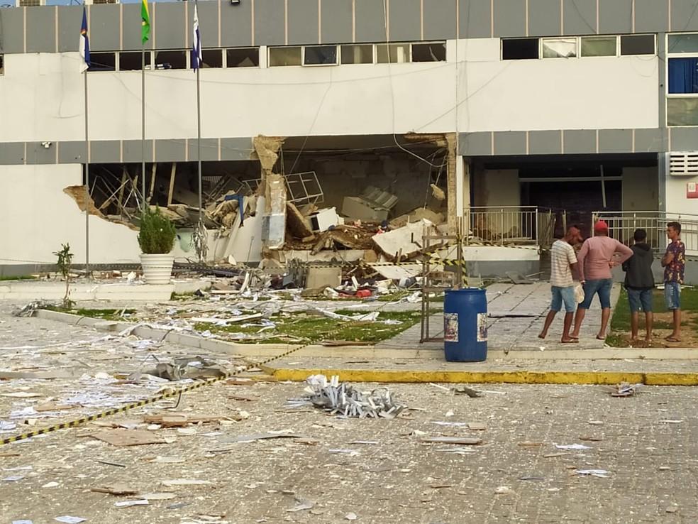 Posto de atendimento da Caixa de Betânia é destruído em ação criminosa na madrugada dessa segunda (10)