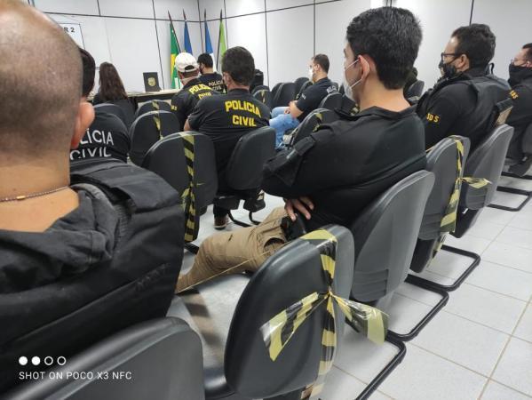 """Polícia realiza operação """"NARCOS"""" em Afogados da ingazeira com cumprimento de 9 mandatos de prisão"""