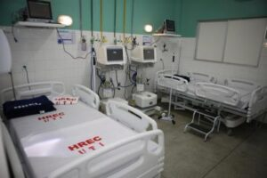 """""""Estamos arrasados"""" disse Diretor do Hospital Emília Câmara, depois de 8 mortes por covid em uma única noite"""