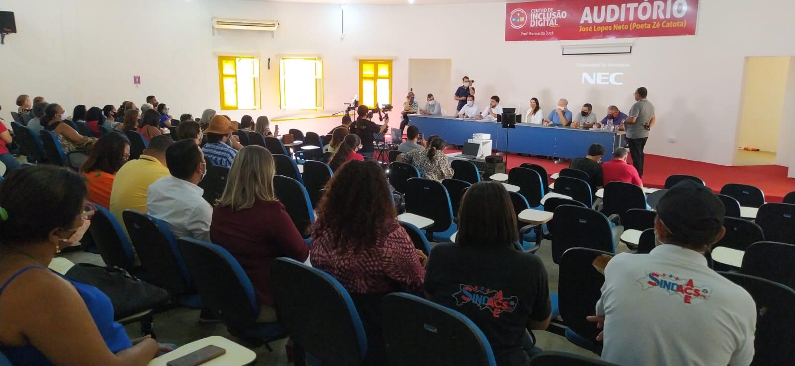 Audiência pública que discutiu projeto do IPRESJE, não teve vereadores da oposição