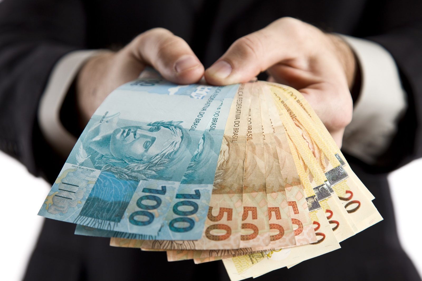 Relatório da CGU aponta desperdício de dinheiro no Ministério da Saúde em 2020