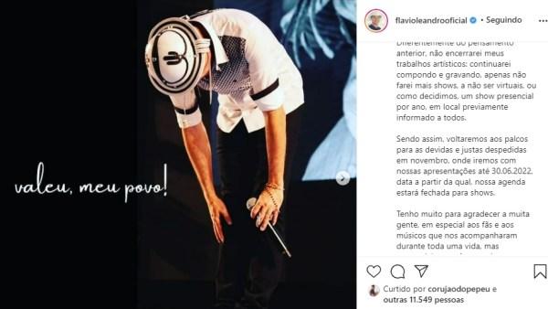 Flávio Leandro se despede dos palcos